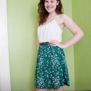 Stretch waist green skirt with birds.